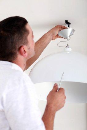 Lampe Anschliessen Wie Die Profis Mit Anleitung